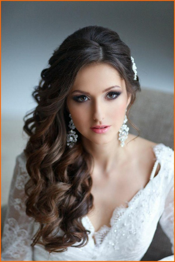 20 Wedding Hairstyles for Round Faces Ideas - Wohh Wedding