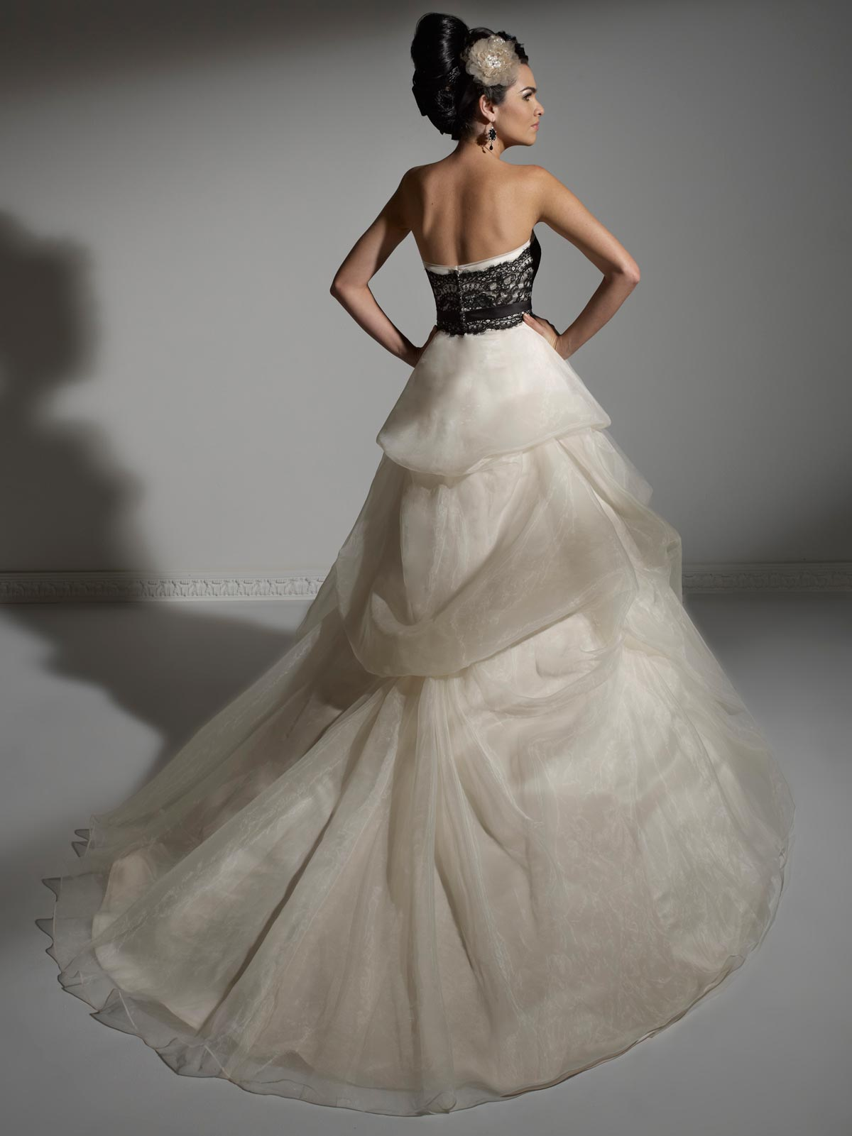Black and White Colored Wedding Dresses
