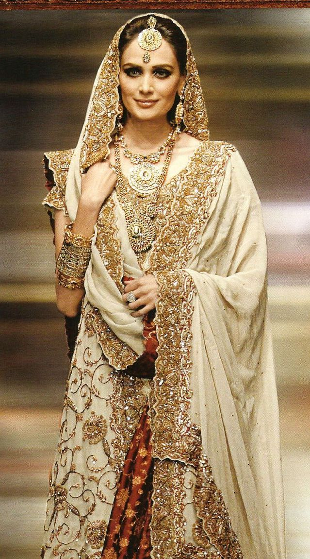 Classic Indian Wedding Dresses