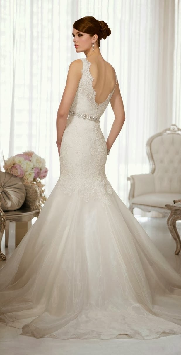 Cool Open Back Lace Wedding Dress
