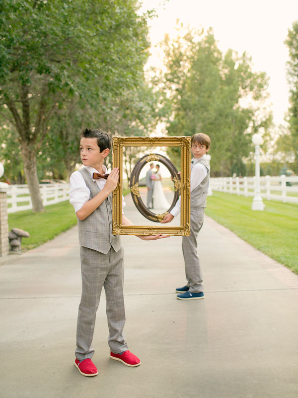 Cool Wedding Poses Ideas