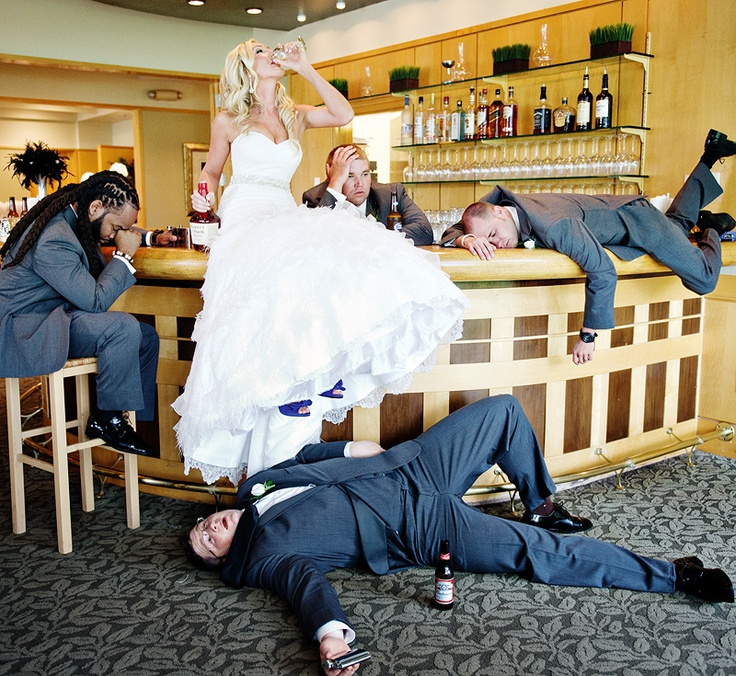 Funny Wedding Photos That'll Make You Love