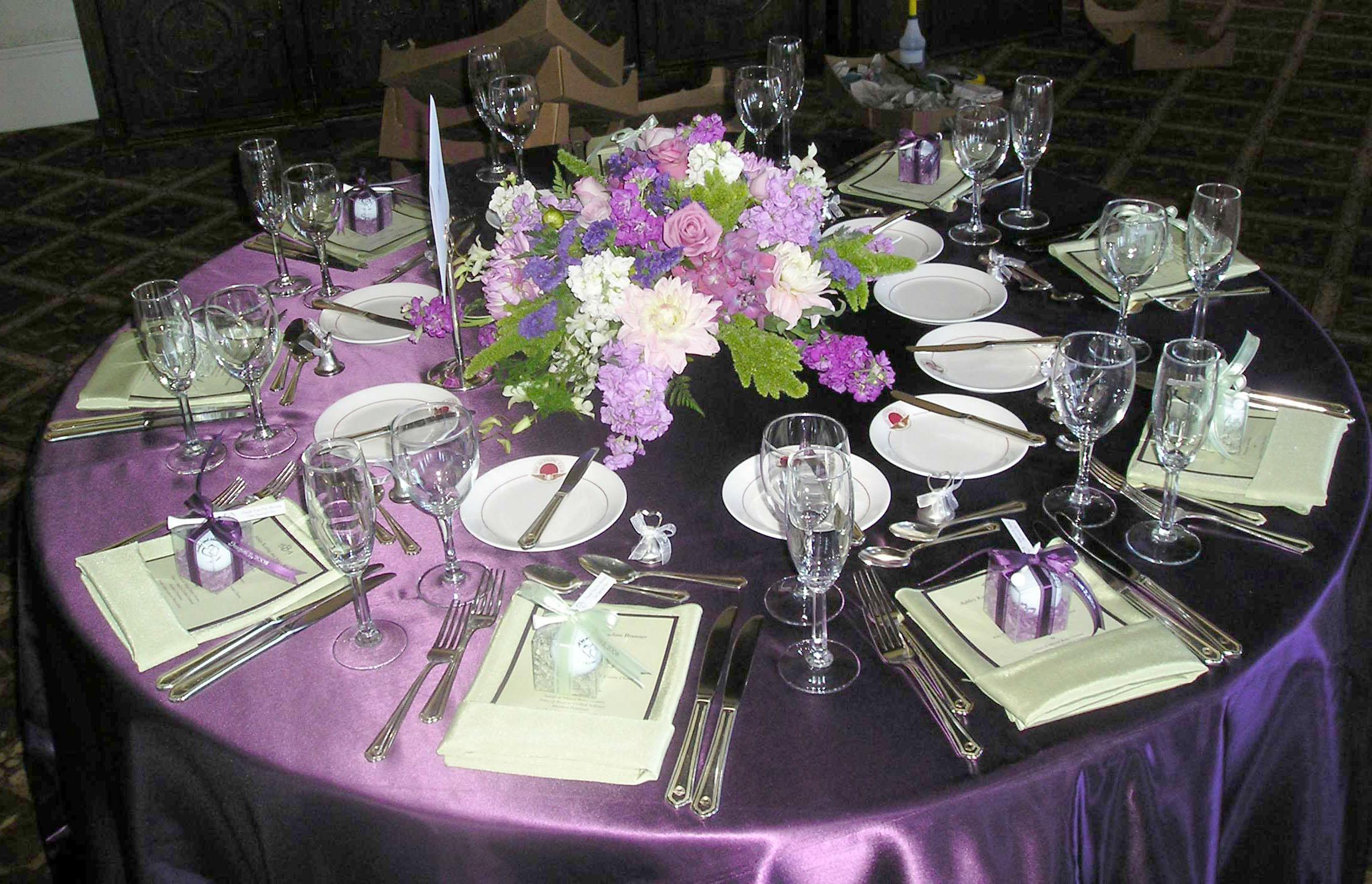 Lavender Wedding Table Ideas