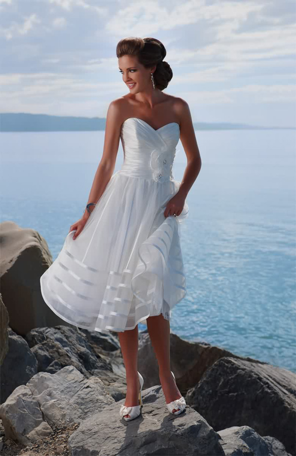 Unique Beach Casual Wedding Dresses