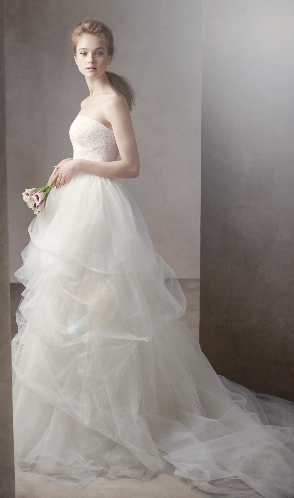 Vera Wang White Wedding Dresses