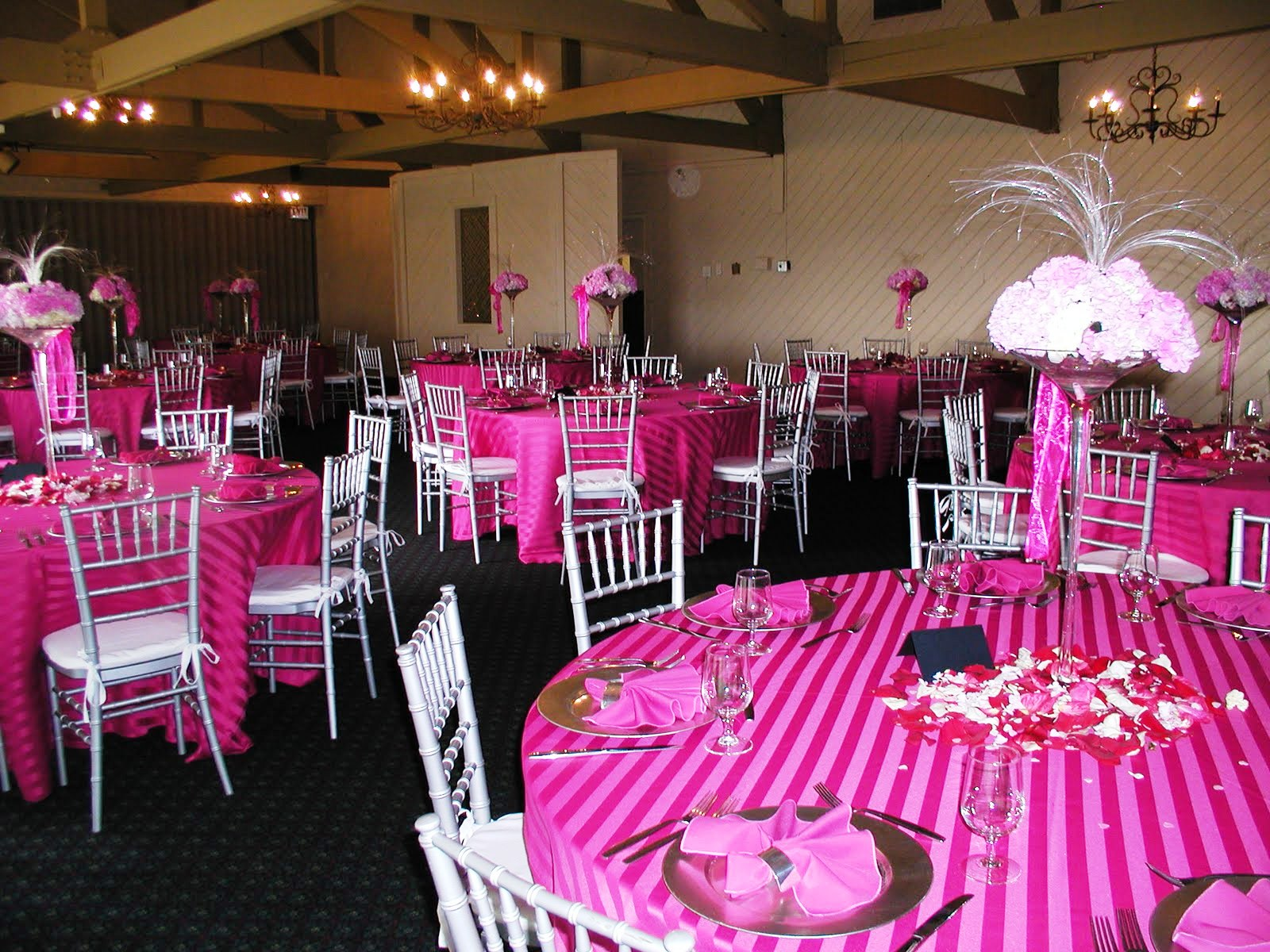 Easy Wedding Reception Decorations