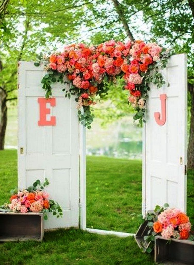 Old Door Country Wedding Decorations