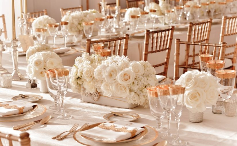 25 White Wedding Decorations Ideas
