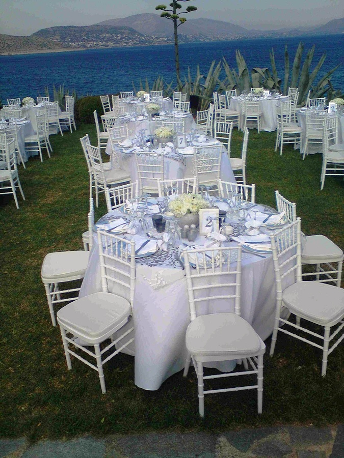 White and Silver Wedding Decorations Ideas