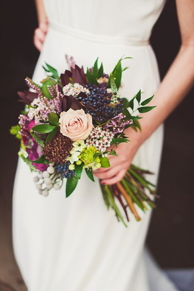 Gorgeous Halloween Wedding Flowers Ideas