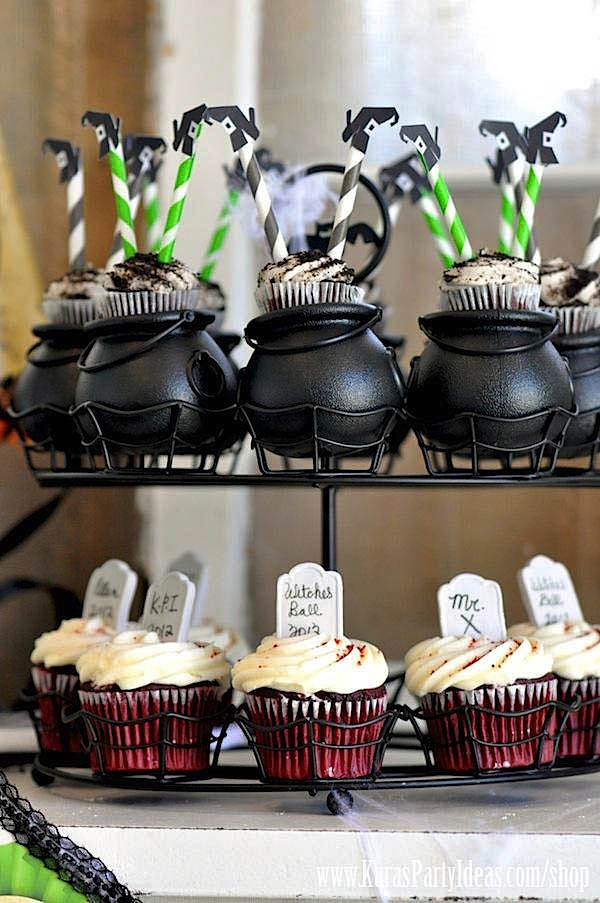 Great Halloween Wedding Favors Ideas