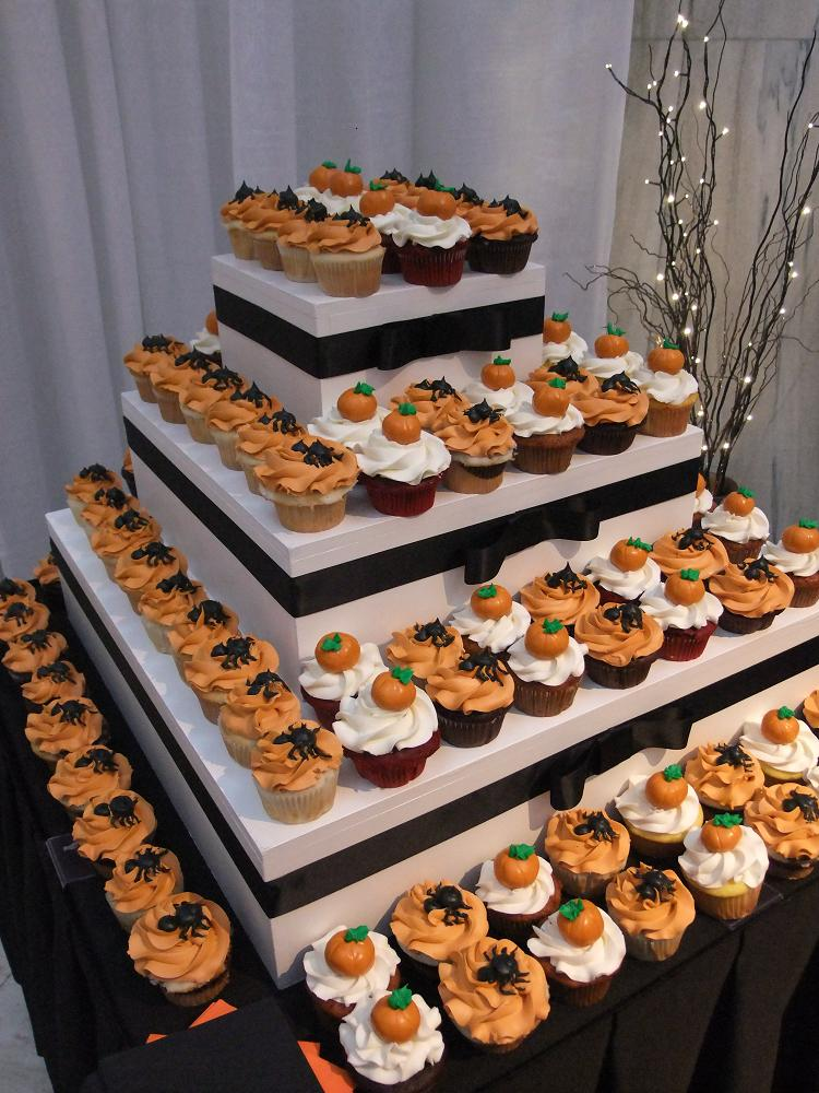 Halloween Wedding Cake and Cupcakes