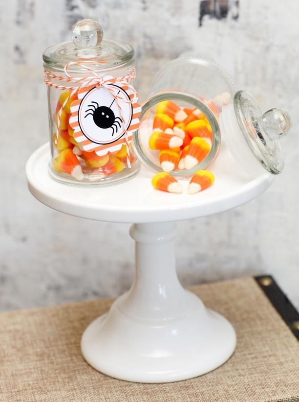 Halloween Wedding Favors Ideas