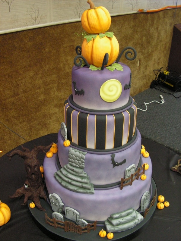 Pumpkin Halloween Wedding Cake