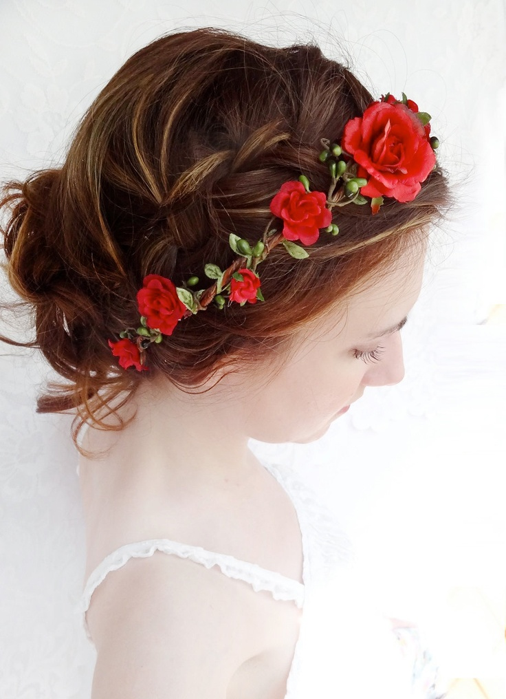 Wedding Hairstyles With Rose Flowers