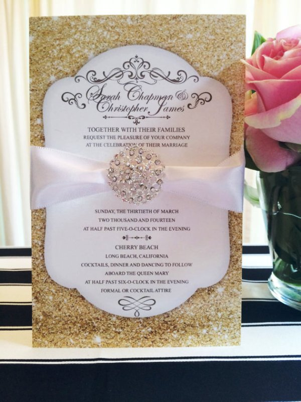 gold-glitter-wedding-invitation-idea